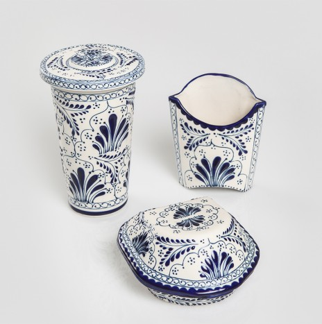 TALAVERA POTTERY SET