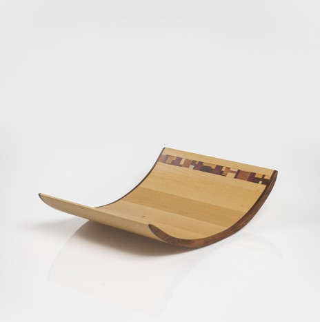 LIGHT WOOD CURVED TRAY