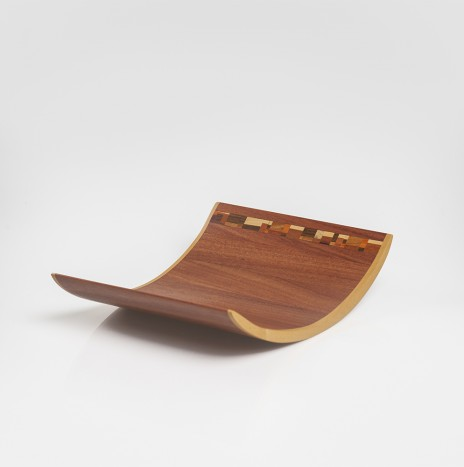 CURVED WOODEN TRAY