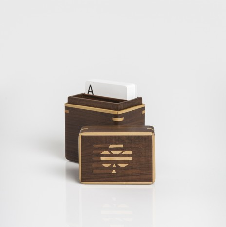 WOODEN CARDS BOX
