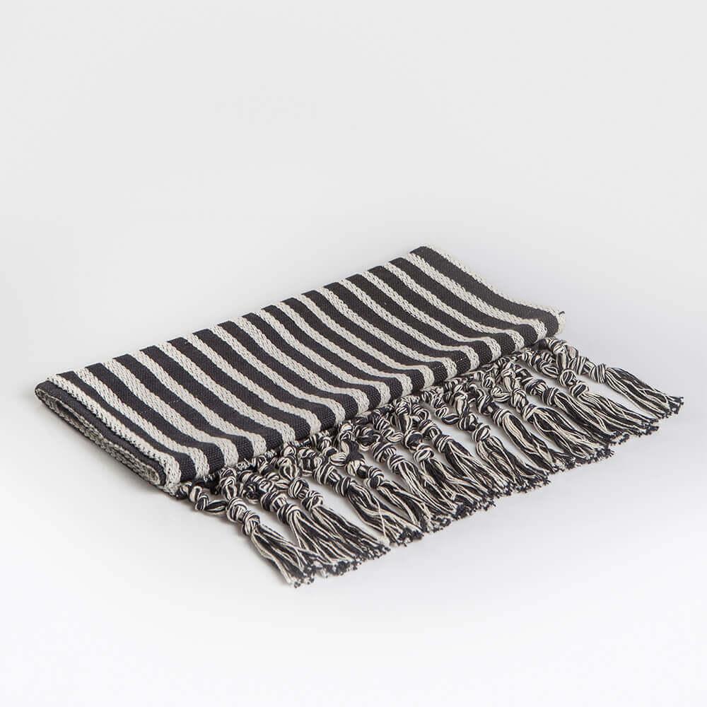 BLACK AND WHITE STRIPED TABLE RUNNER (1)