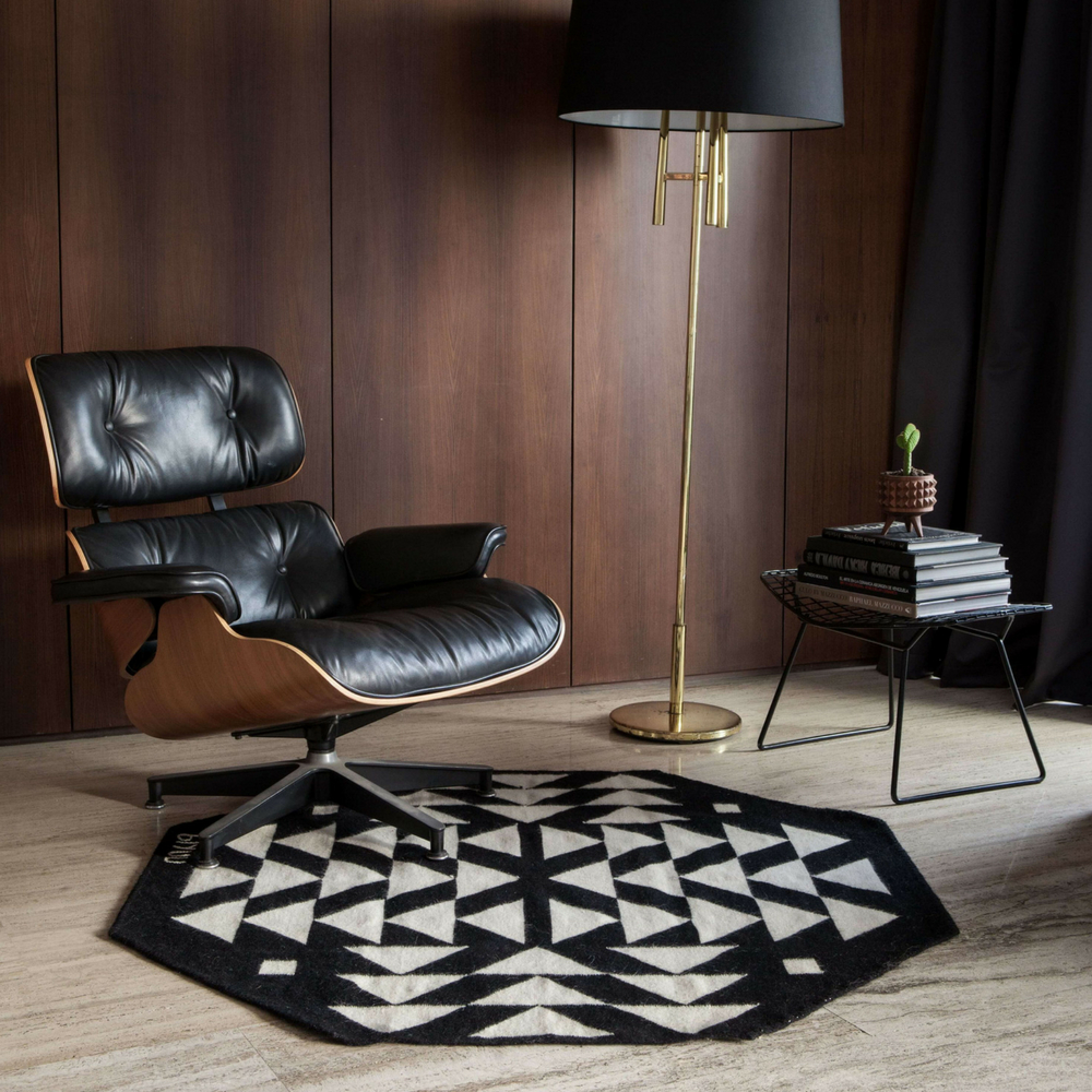 Black-and-white-wool-rug-3