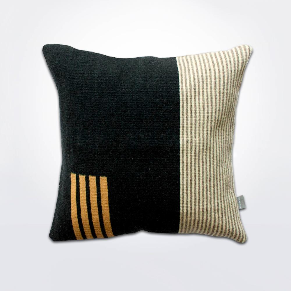 Granada-I-wool-pillow-cover-1.