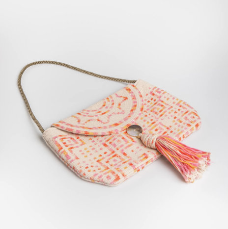 PINK WEAVED CLUTCH BAG