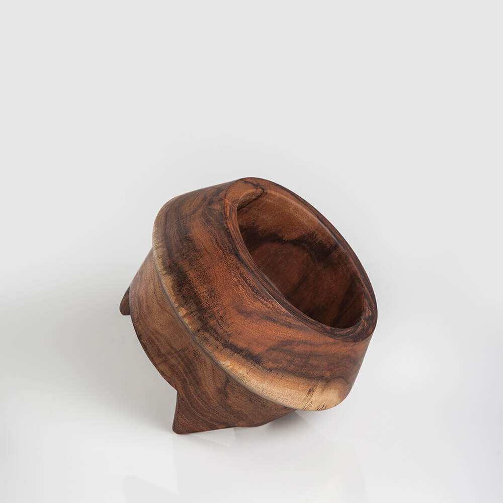 SMALL WOODEN POT 2