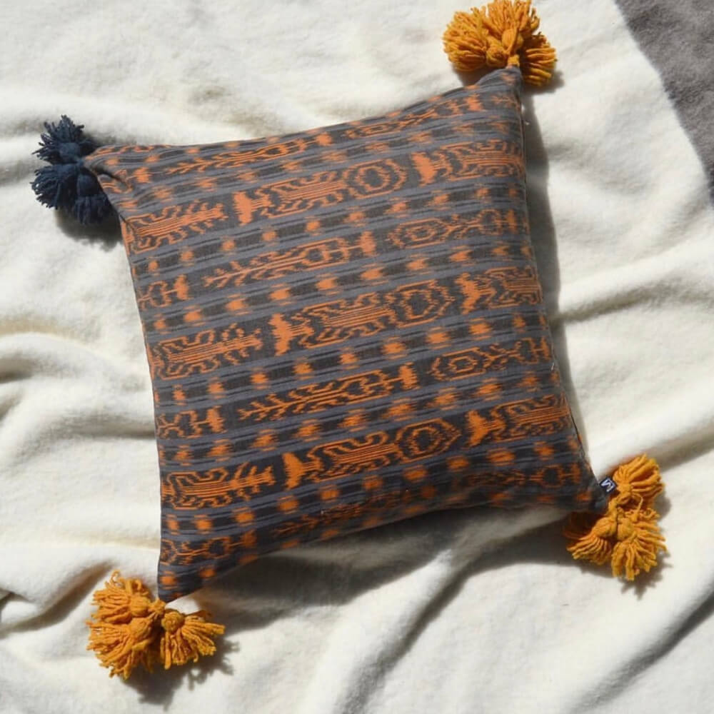 Artesano-pillow-cover-3.