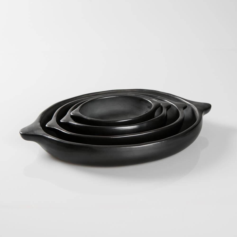Black-pottery-plates-4-1