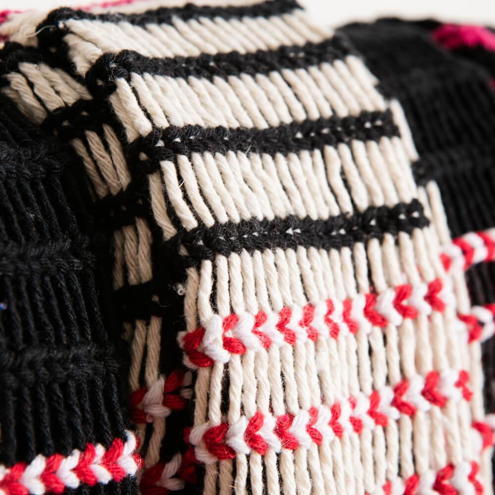 Black-and-red-yawalapiti-cotton-hammock-2