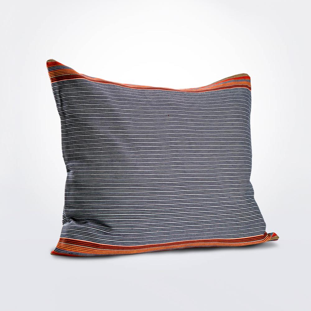 Petatillo-naranja-pillow-cover-4.