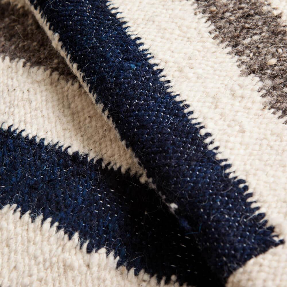 Weaved-wool-rug-3