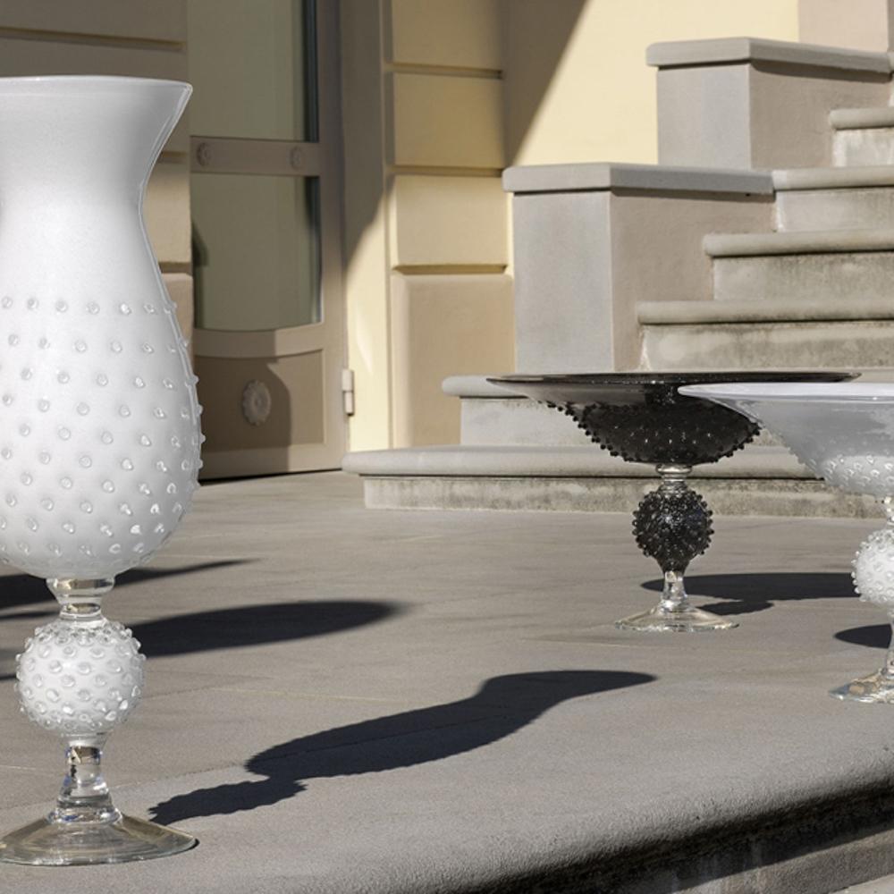 White-glass-spiky-centerpiece-2