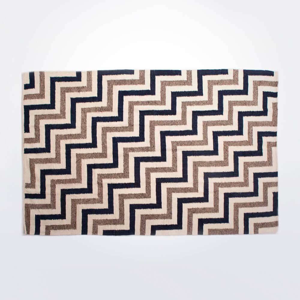 Weaved-wool-rug-1