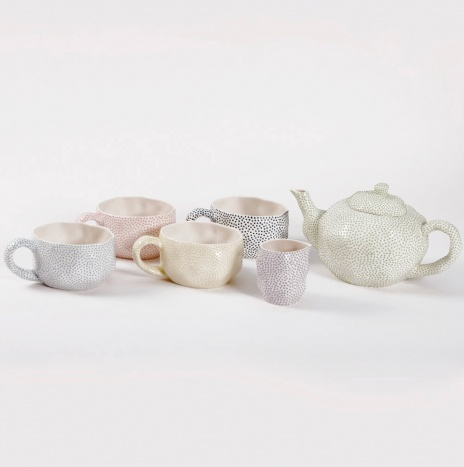 DOTTED TEA SERVICE