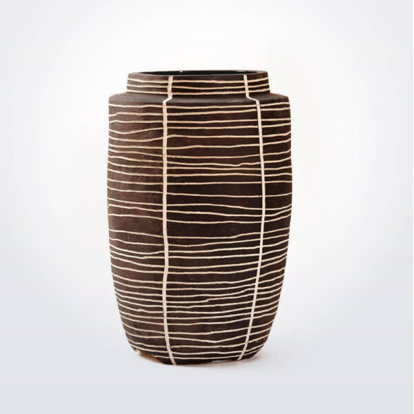 Charcoal vase with lines.