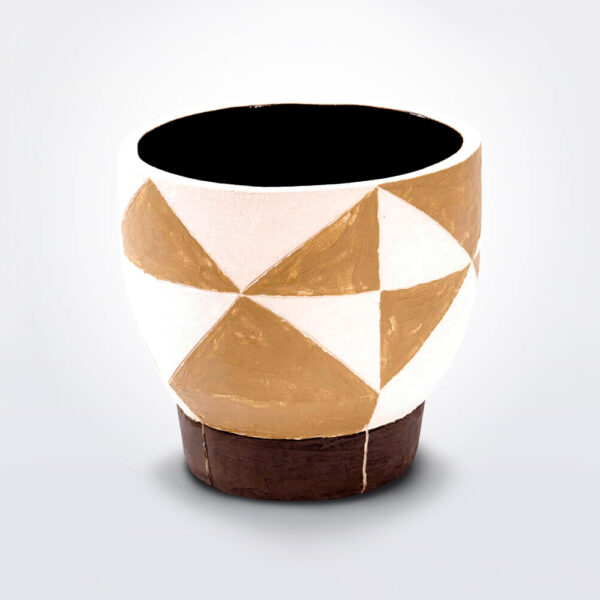 Geometric short vase product photo.
