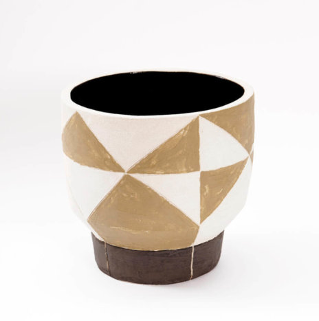 GEOMETRIC SHORT CLAY VASE