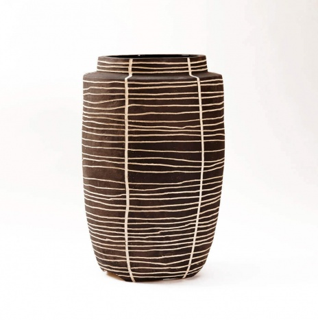 CHARCOAL VASE WITH LINES