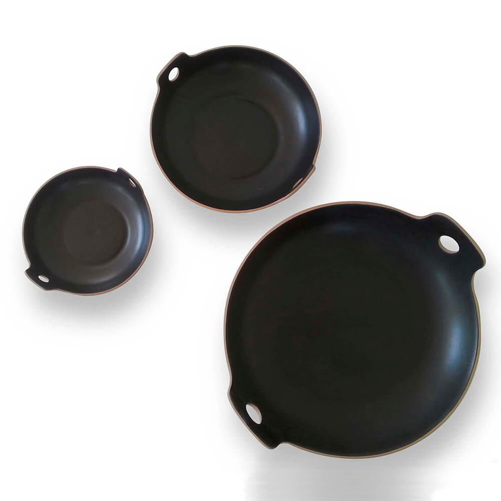 Black-spaghetti-bowl