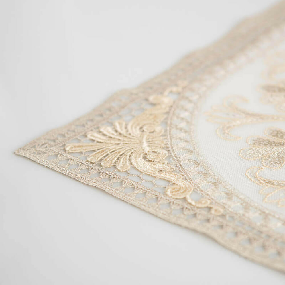 Italian-embroidered-gold-placemats-3