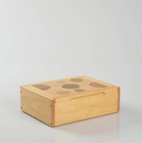 WOODEN DOMINO BOX