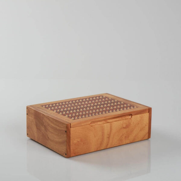 DOMINO BOX 18
