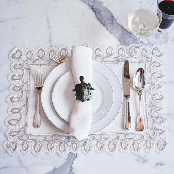 Silver Placemat and Napkin Set with tablesetting.