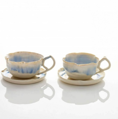 BLUE AND WHITE PORCELAIN CUPS