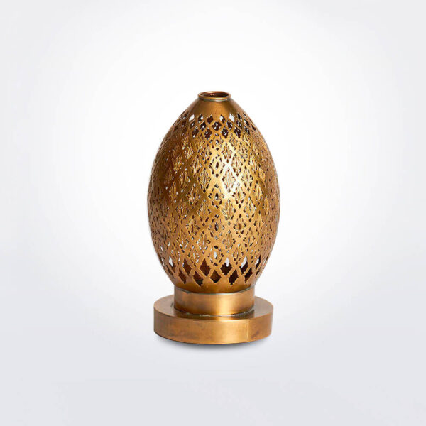 Moroccan tea light product photo.