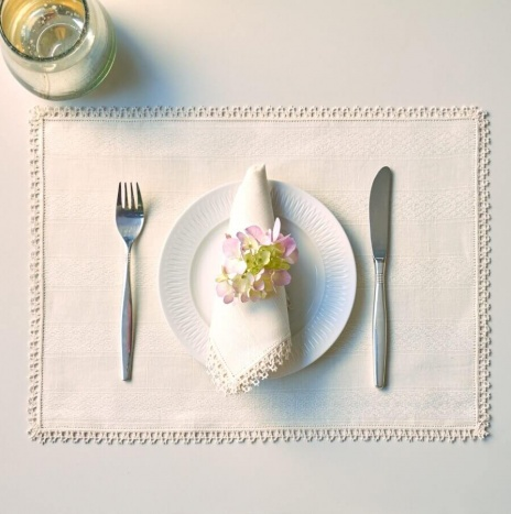 BLUE STRIPED LINEN PLACEMATS AND NAPKINS