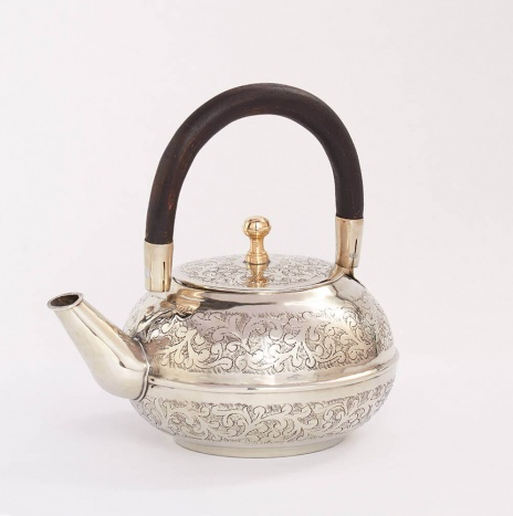 MOROCCAN HAMMERED TEAPOT