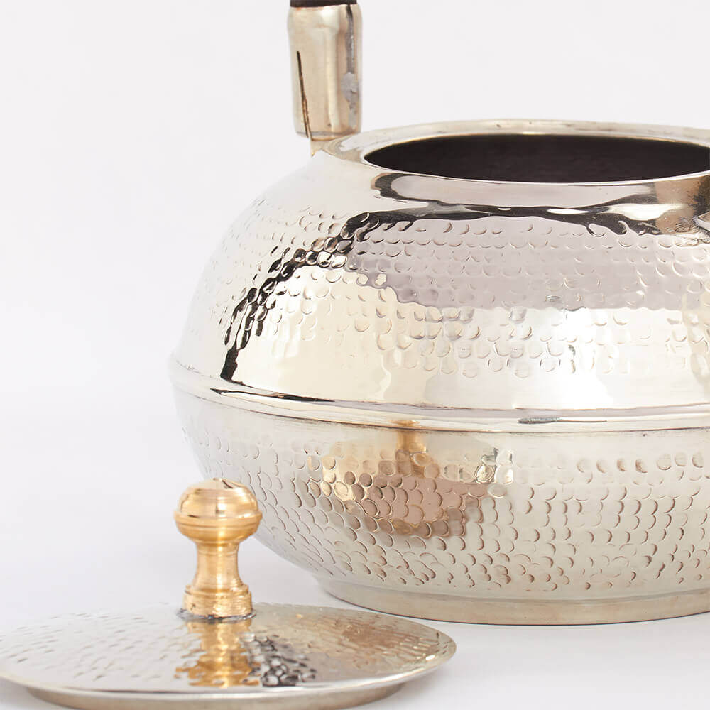 Moroccan-silver-hammered-teapot-2