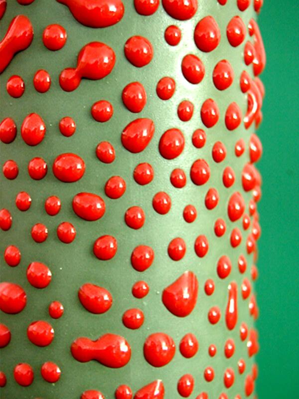 Camouflage vase detail green