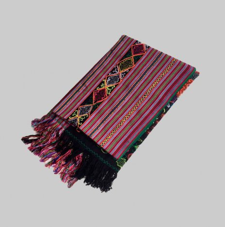 EMBROIDERED THROW TIMOR
