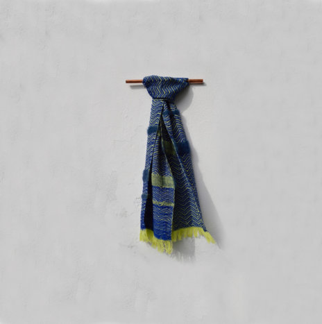BLUE WOOL SCARF
