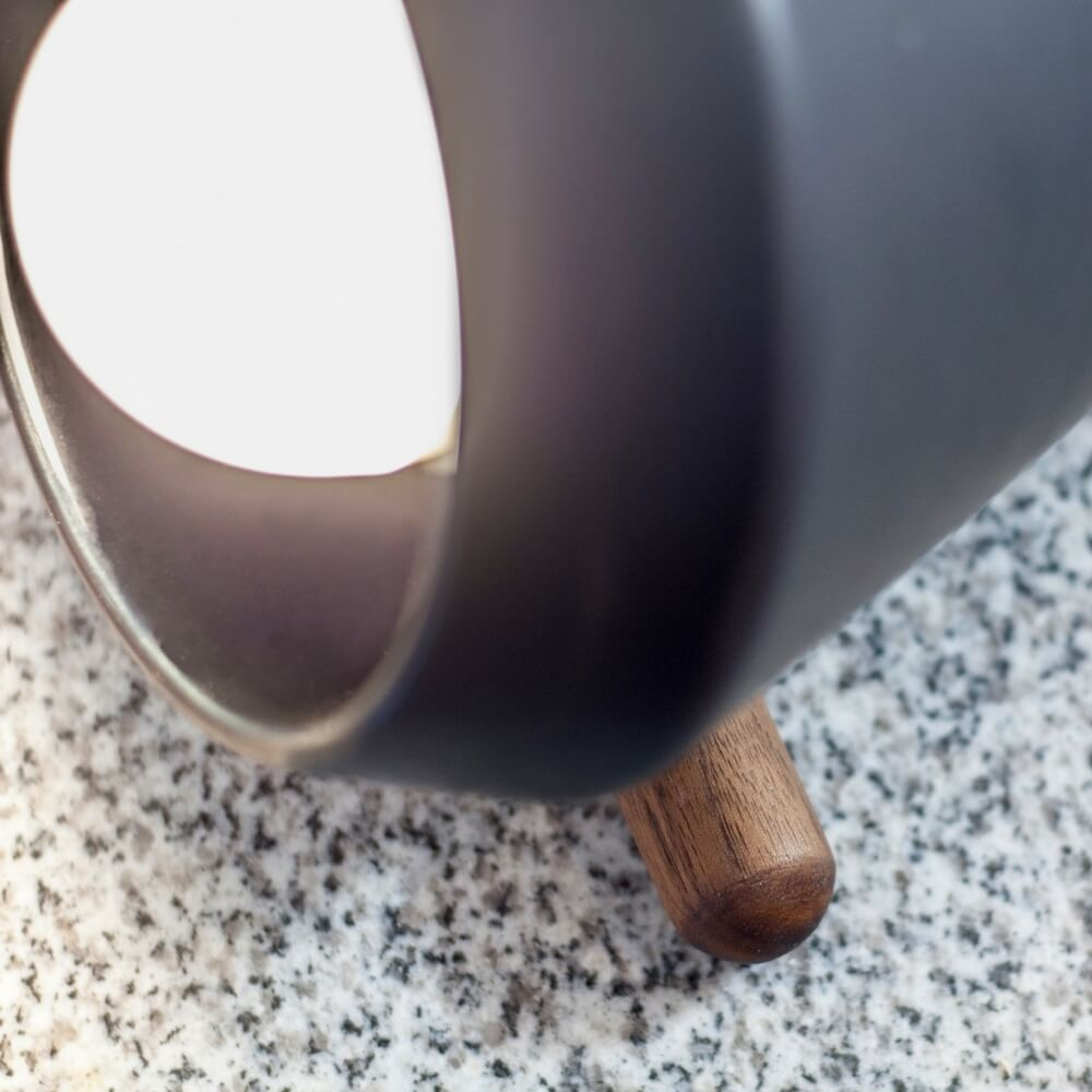CERAMIC AND WOOD BLACK DESK LAMP_3