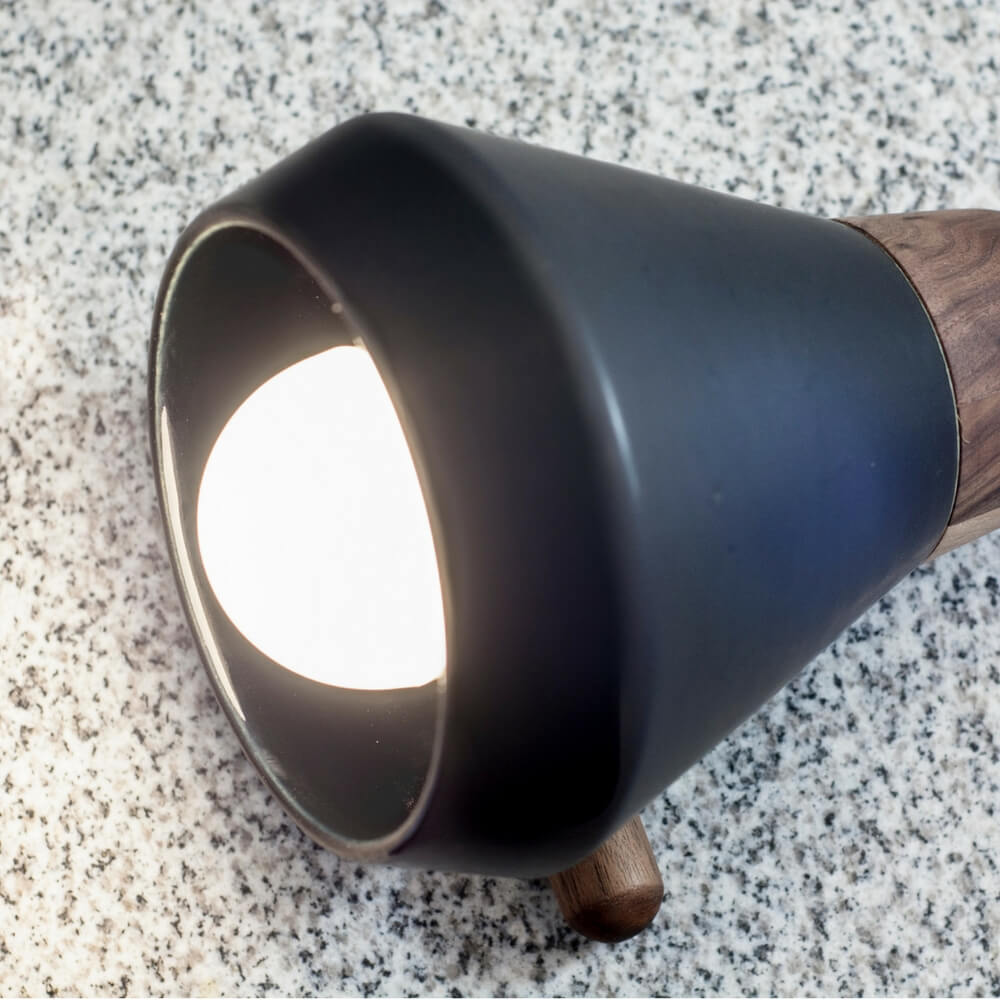 CERAMIC AND WOOD BLACK DESK LAMP_4