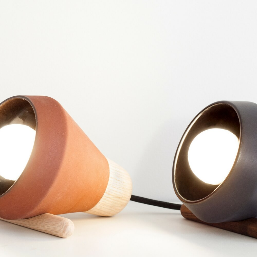Ceramic-and-wood-desk-brown-lamp-3