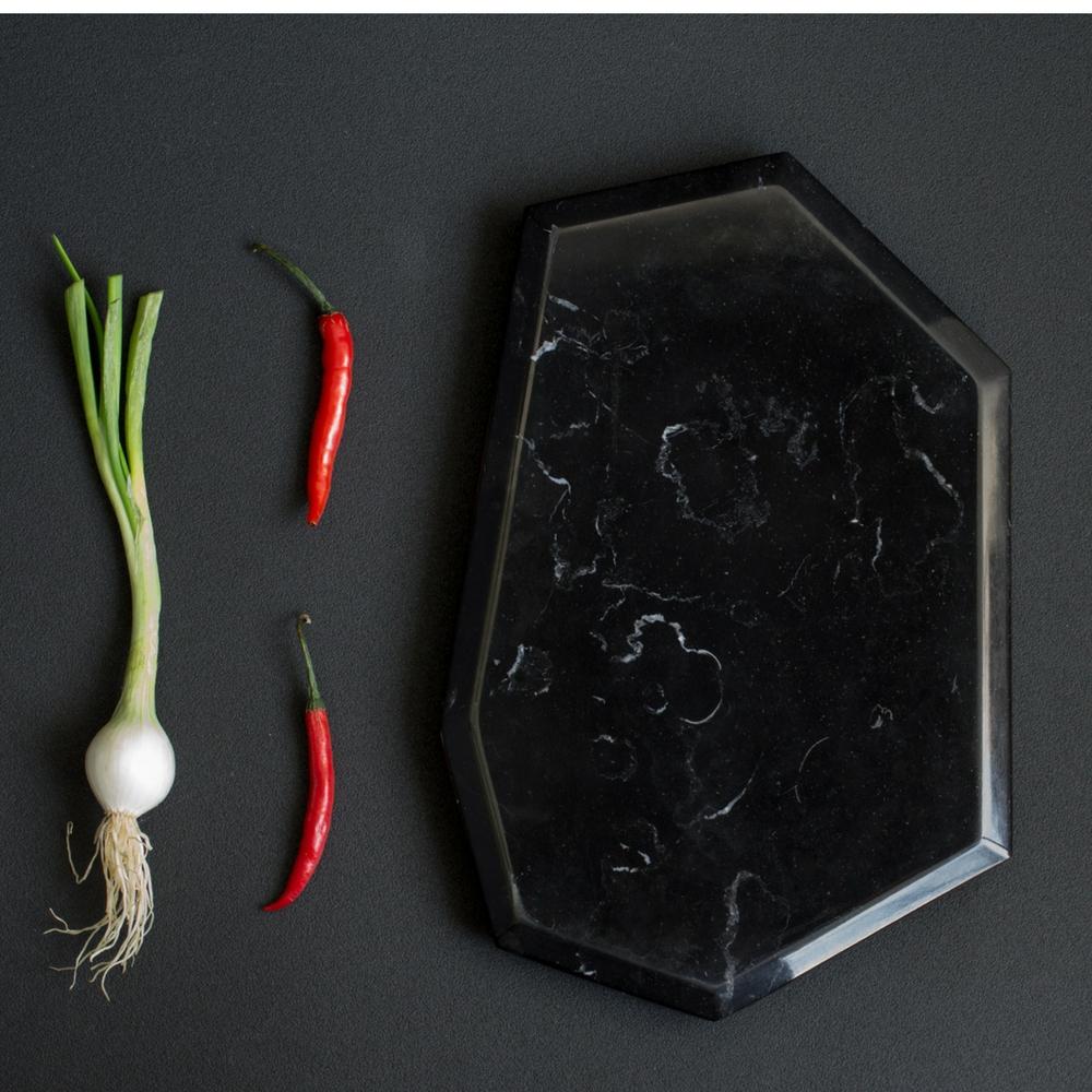 Cozumel-black-marble-board-set-6