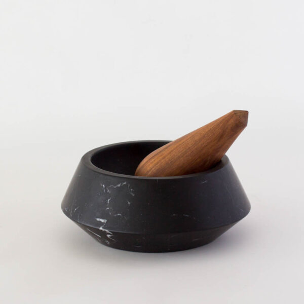 HOLBOX BLACK MORTAR AND PESTLE