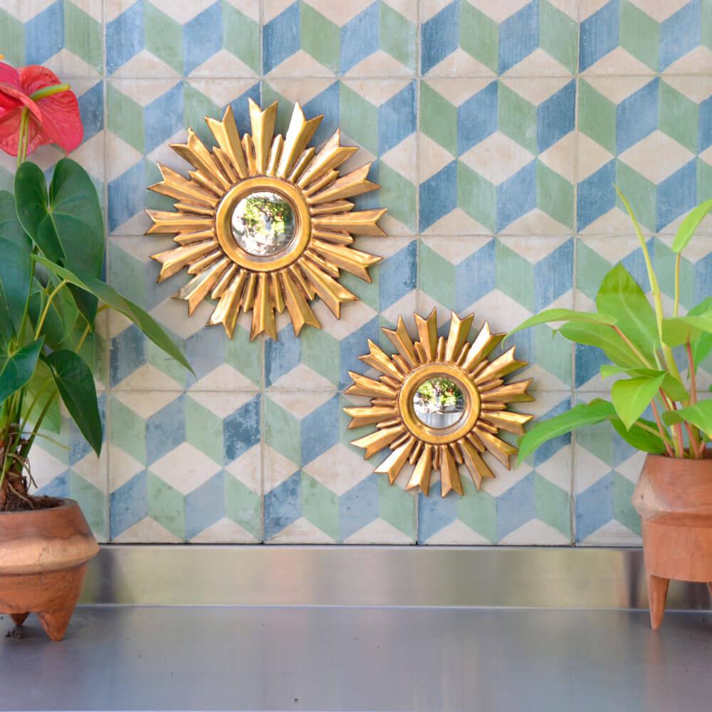 Sunburst-wall-mirror-small