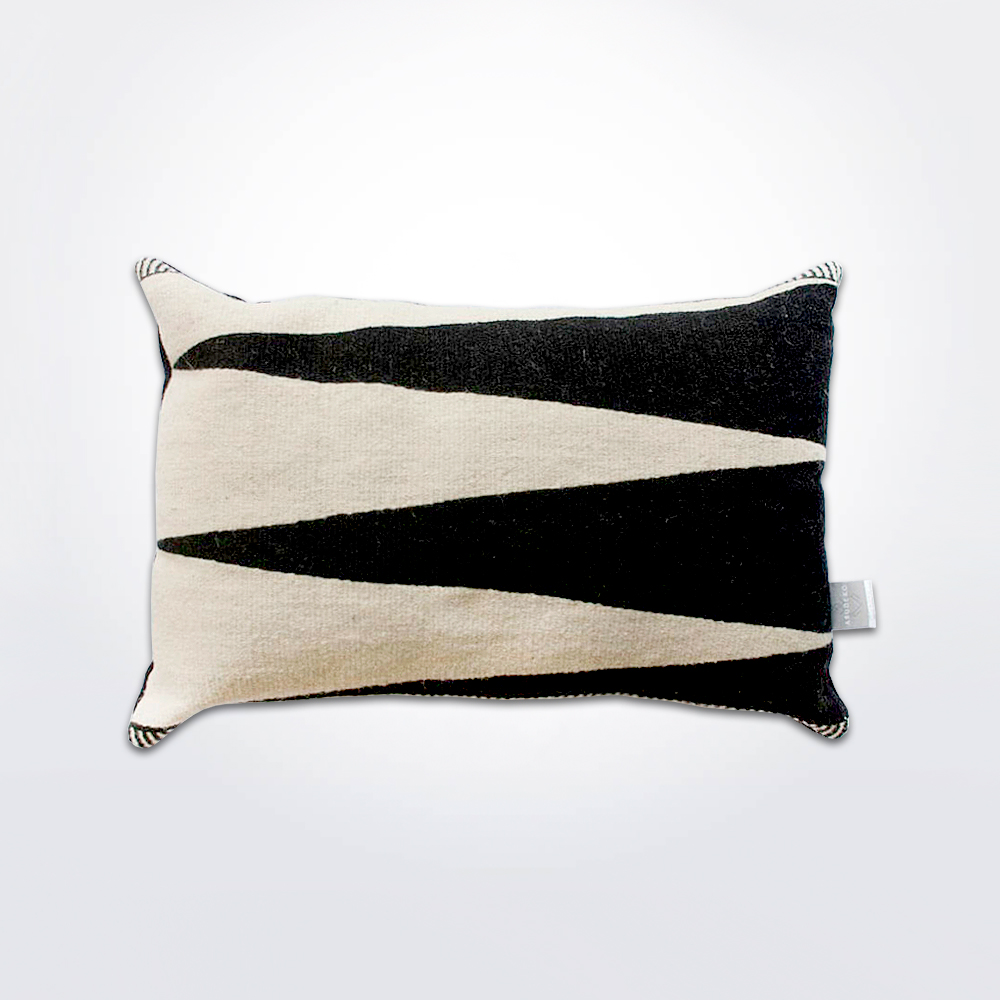 Blaga-black-and-white-pillow-cover-2