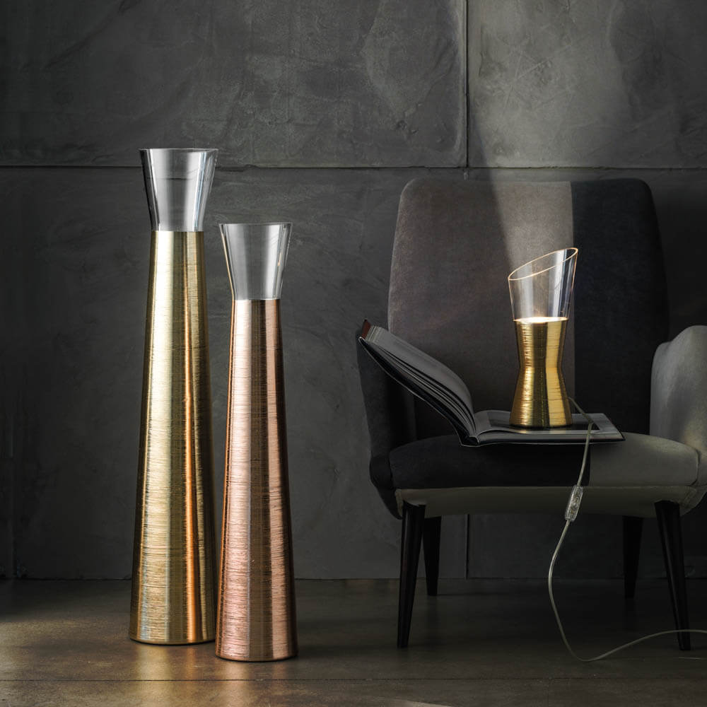 FUTURA CLEAR AND GOLD DESK LAMP (2)