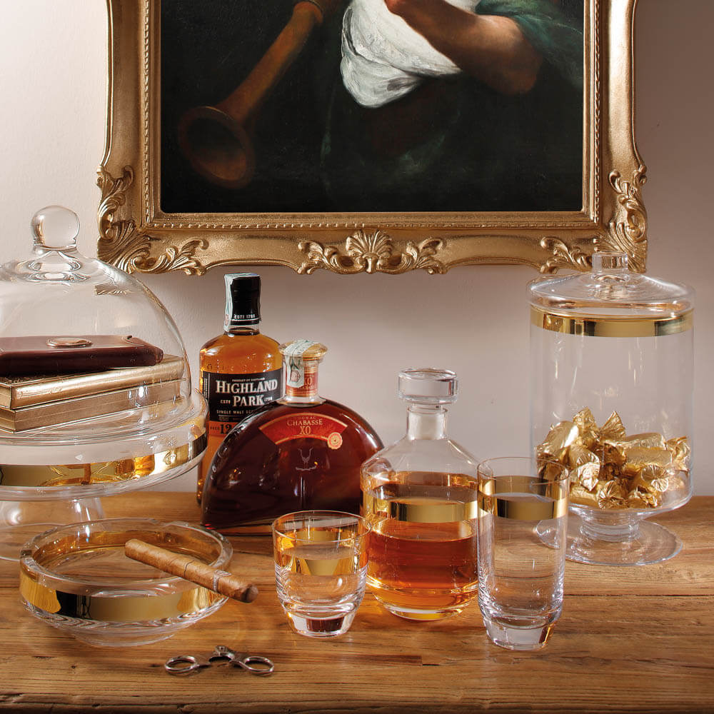 Clear-and-gold-whiskey-glass-set-2