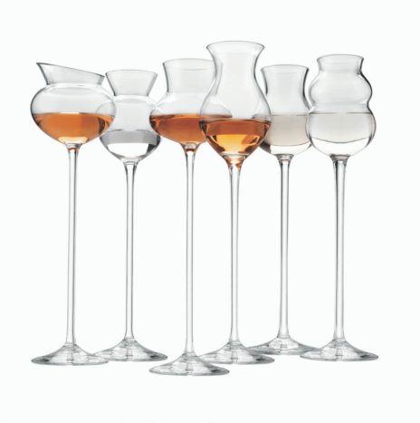 DISTILLATES ASSORTED GLASSES SET