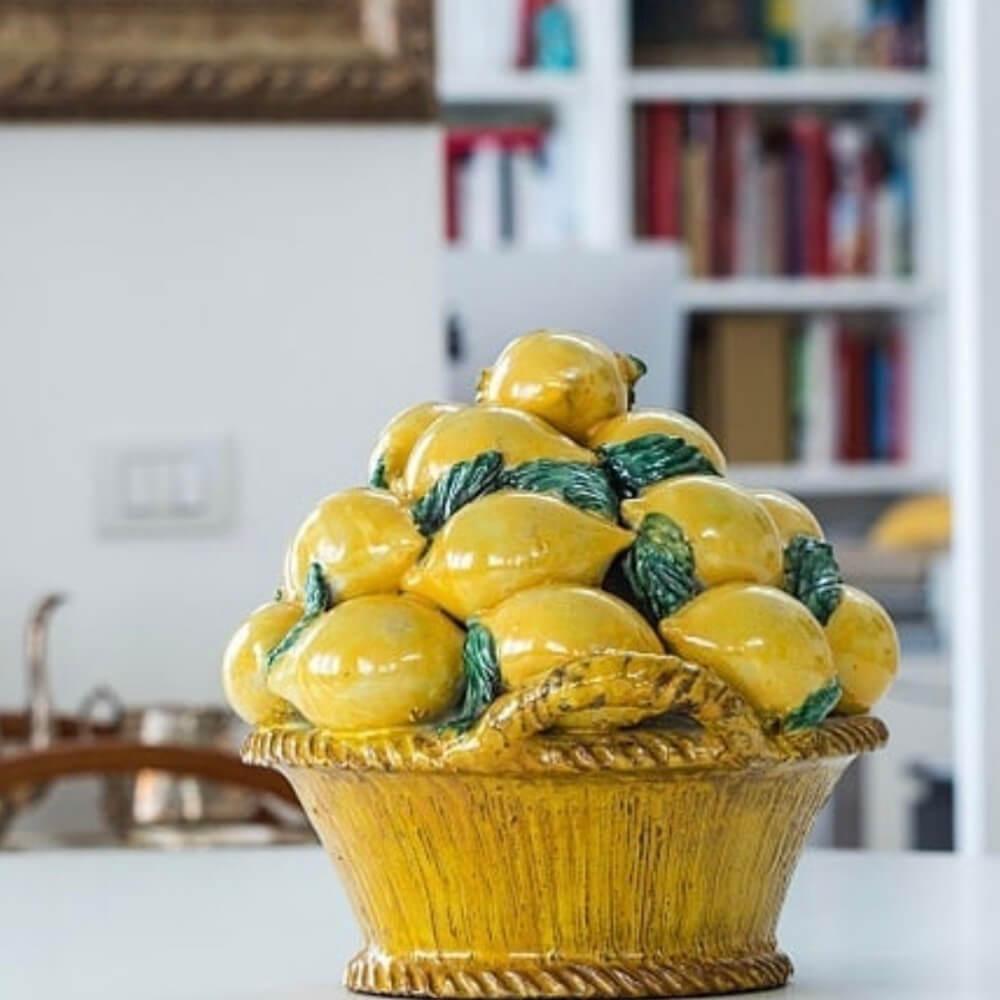 Fruit-basket-with-lemons-3