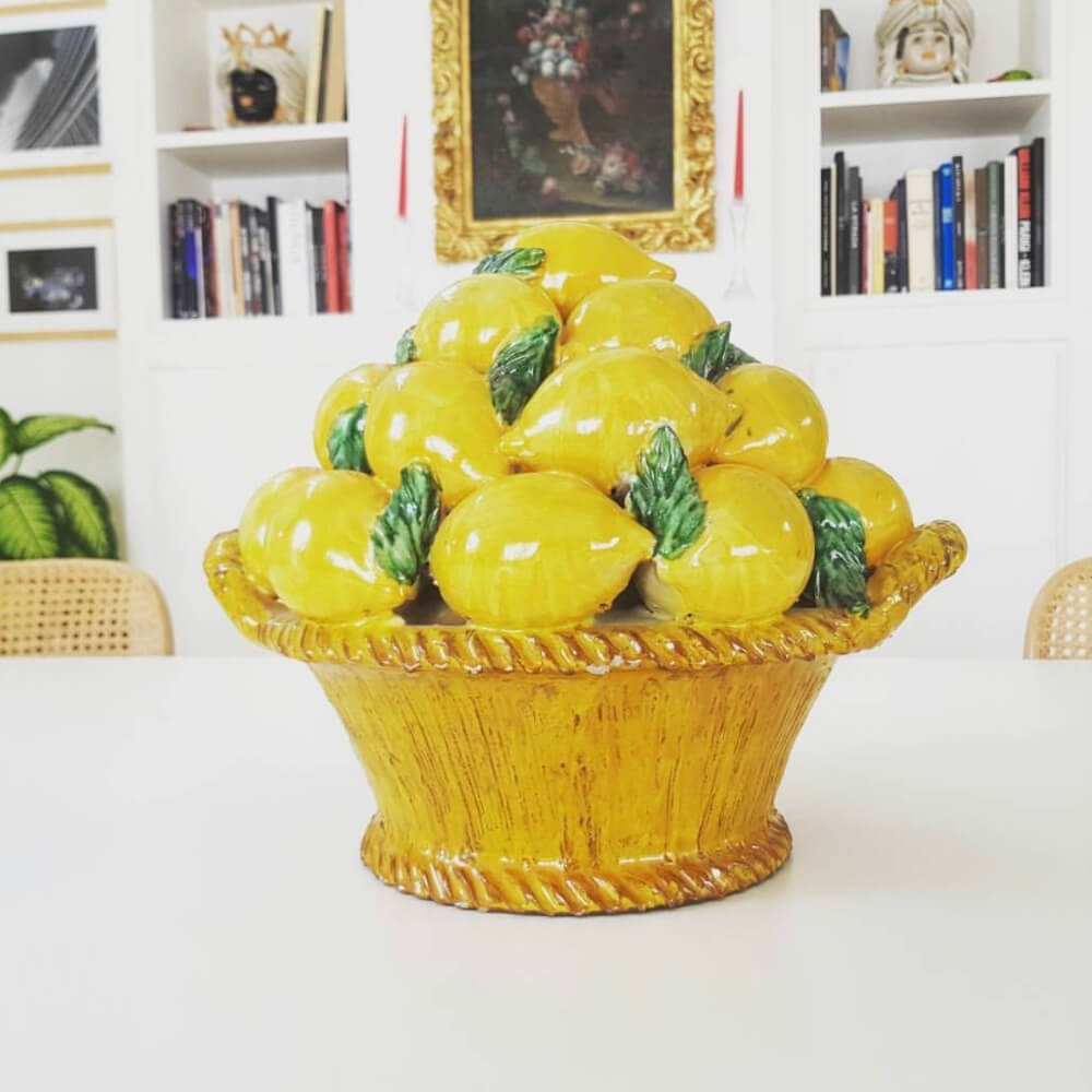 Fruit-basket-with-lemons-4