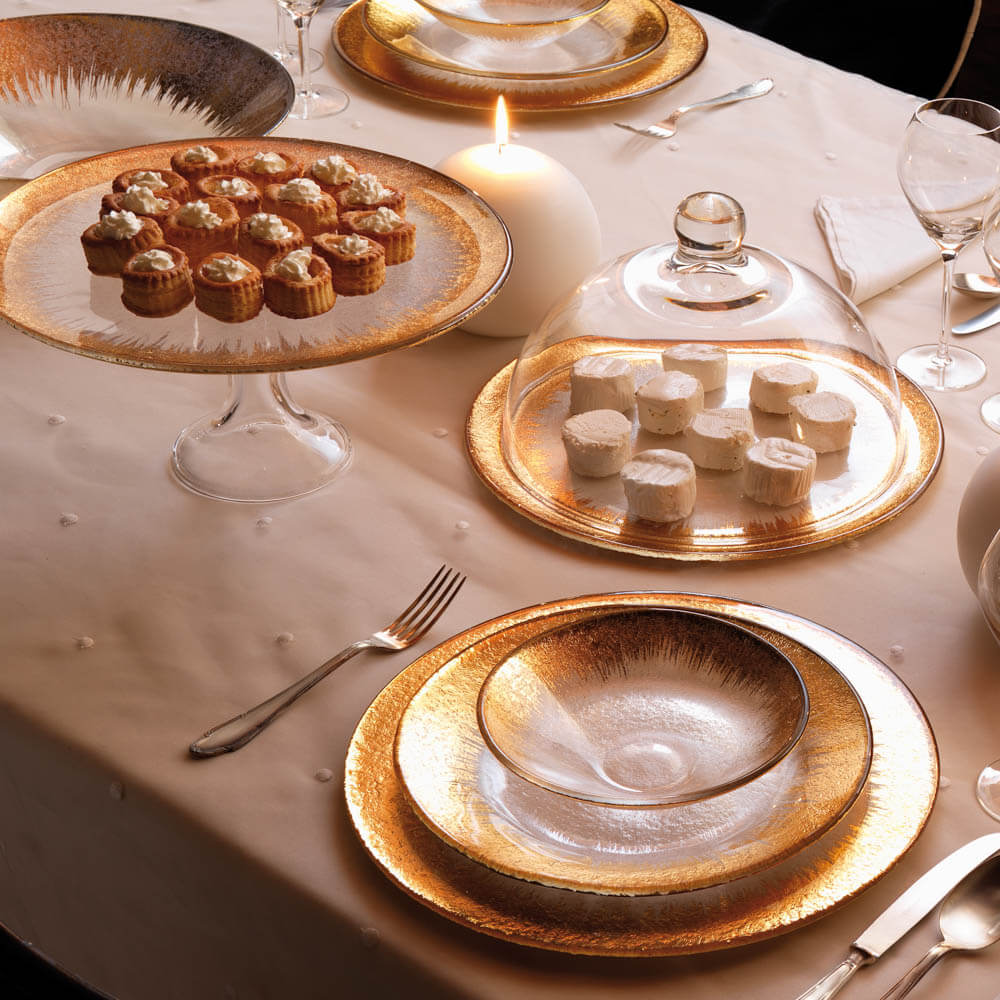 Glass-cake-stand-round-dome-3