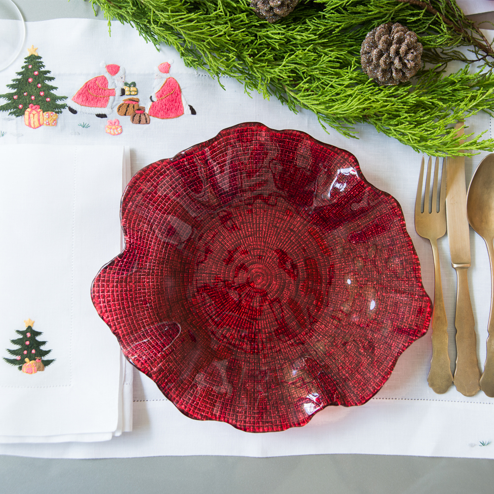Folies-red-wavy-plate-large-2