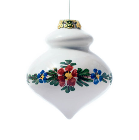 WHITE FINIAL CHRISTMAS BAUBLES SET