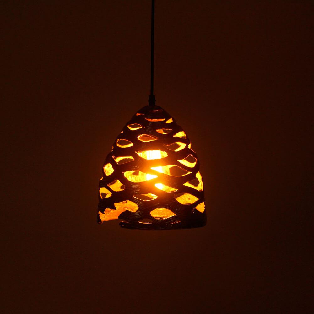 Lotus-pod-brass-lamp-4.